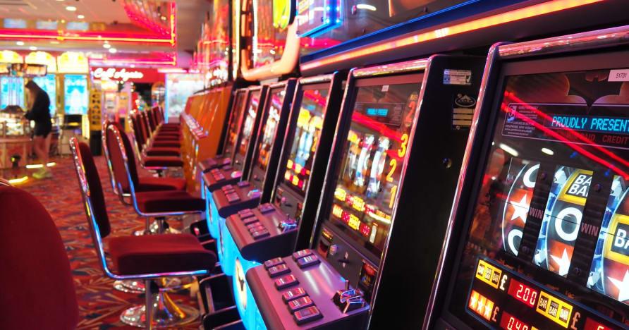 Kaip internetiniai kazino naudoja naujausias technologijas