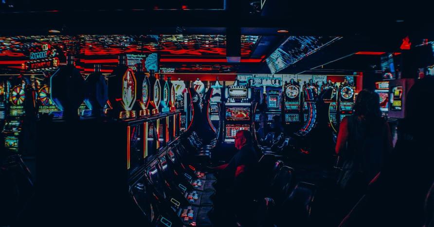 Ar internetiniai kazino gali išstumti žaidėją?