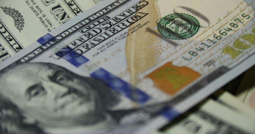 Žaidėjas laimi daugiau nei $ 720,000 tik su 3 Blackjack rankose