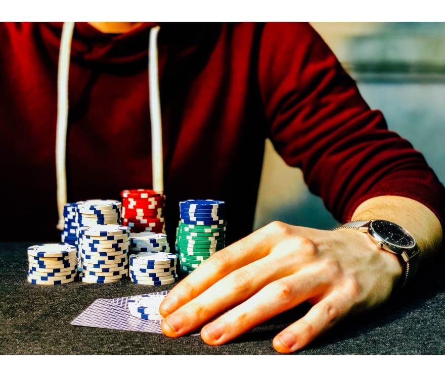 """Populiariausi internetiniai kazino, kad galėtumėte žaisti """"Live Casino Holdem"""""""